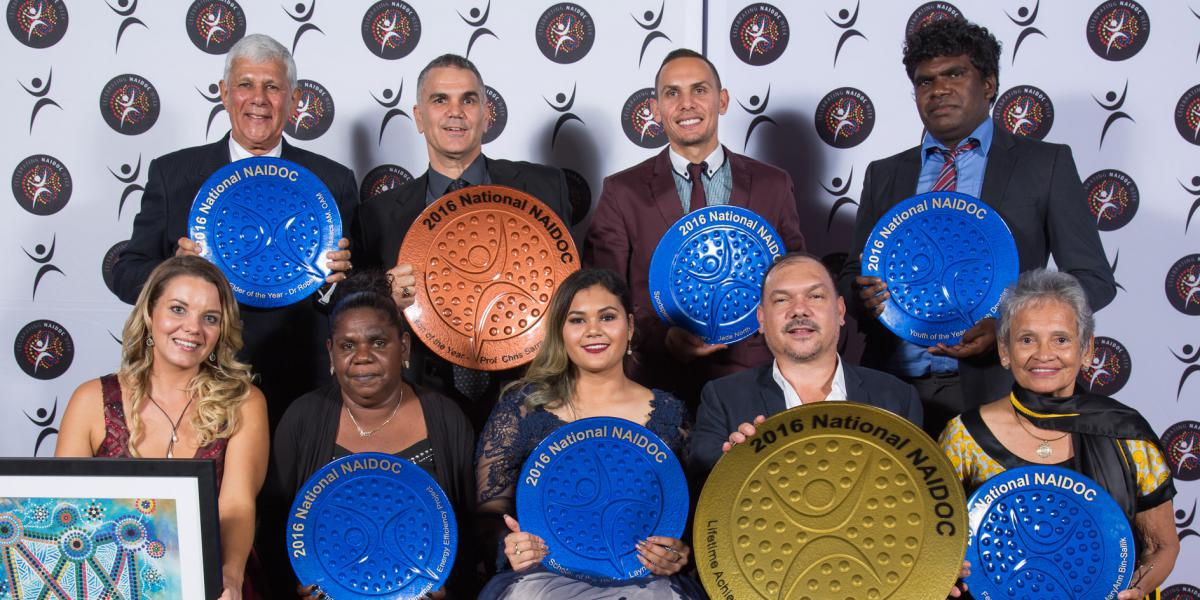 News 2016 Winners Group Photo Darwin