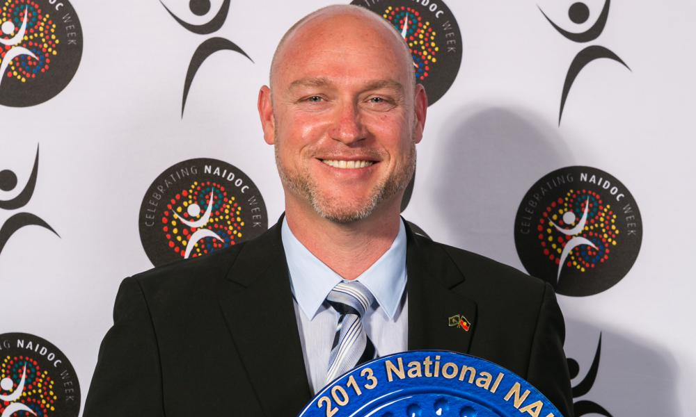 Dr Mark McMillan